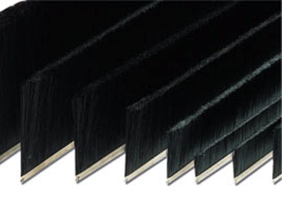 Strip linear brushes for main doors